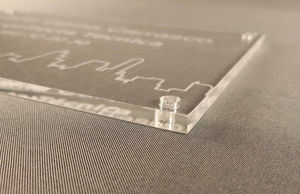 metacrilato-grabado-a-laser-espesor