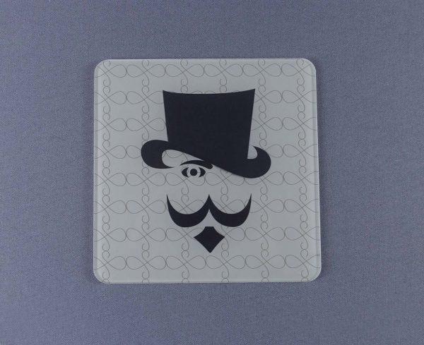 placa-de-aseo-de-metacrilato-caballero-estampado-600x489