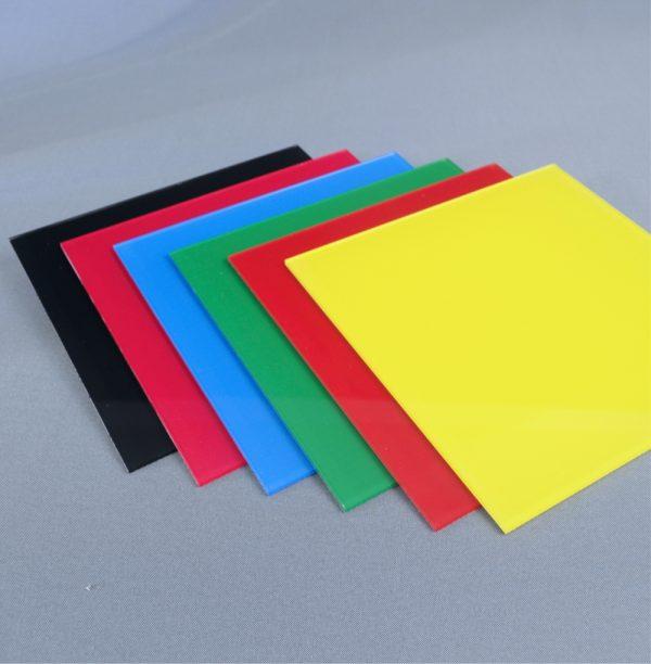 placa metacrilato de colores