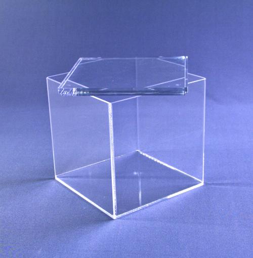 caja de metacrilato con tapa 2