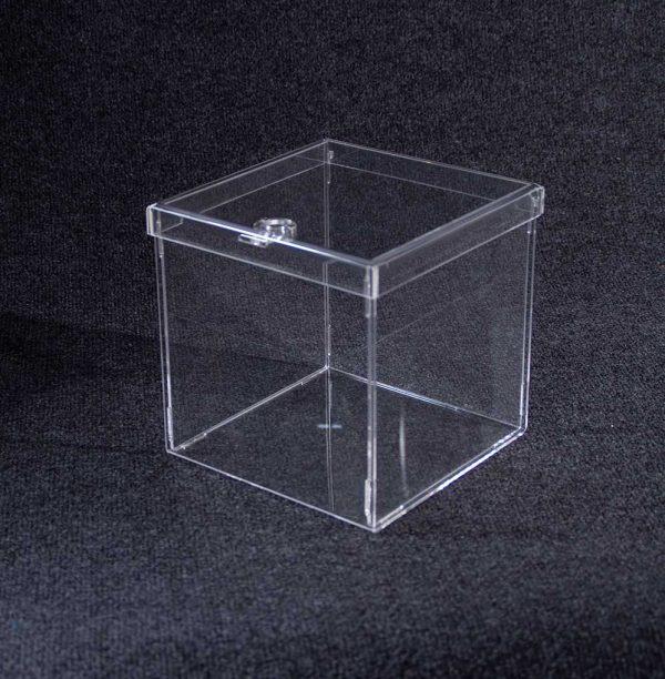 caja desmontable con clic